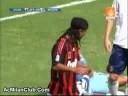 Ronaldinho debuteaza la AC Milan