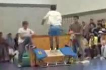 Lovitura la gimnastica